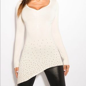 Tops - Gorgeous White Asymmetric Fitted Long Sleeve Top